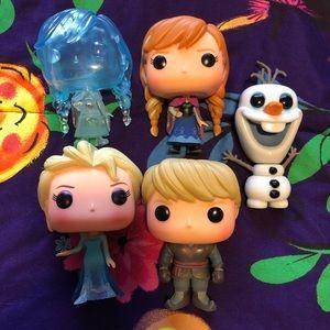 Frozen Set of POP Figures